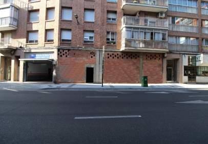 Almacén en calle Nicolas Salmerón