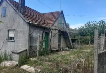 Casa rústica en Avenida Nespereira Outeiro , nº 36