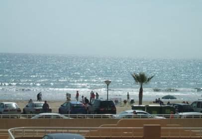 Apartament a Paseo Marítimo del Mediterráneo, nº 47