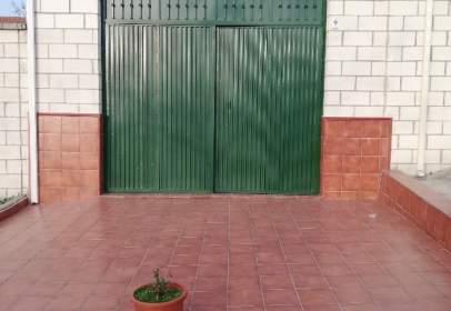 Chalet unifamiliar en calle de Miguel Cervantes, 9