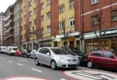 Garaje en calle Melquíades Cabal, 2