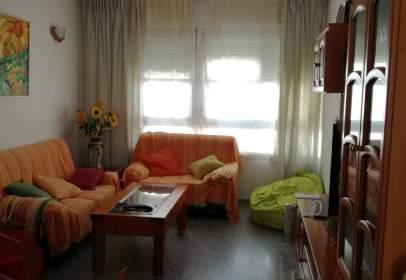 Duplex in calle Santiago Apóstol, nº 2