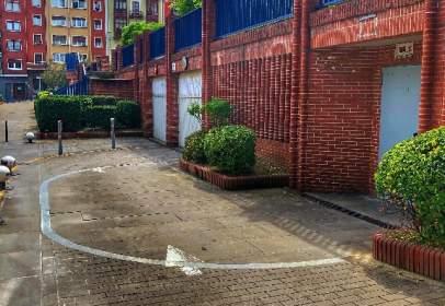 Garage in calle Poeta Larrañaga, nº 1