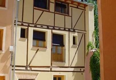 Casa pareada en Avenida Corral del Mudo, nº 4