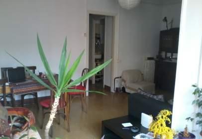 Habitación en Carrer de Calàbria, nº 147