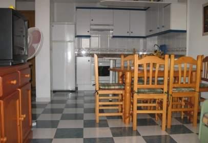 Apartament a Avenida Madrid, nº 18