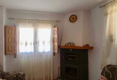 Casa rústica en calle Castillo, nº 5