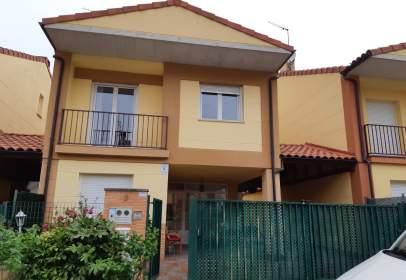Casa pareada en calle Burdindogi, Km 9