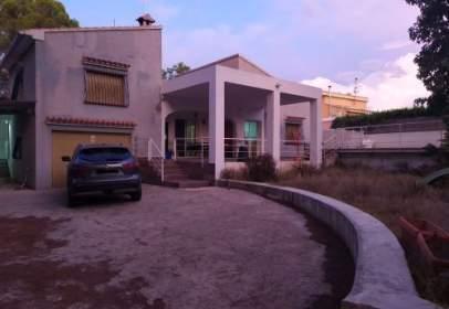 Flat in calle Ronda Simat, nº 30