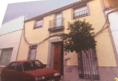 Casa adosada en calle Espronceda, nº 12