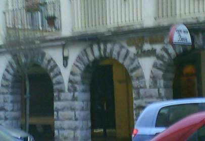 Pis a calle Ramiro de Maeztu, nº 5