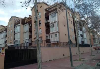 Dúplex a Avenida Augusto Roa Bastos N29 Portal E 4°B, nº 29