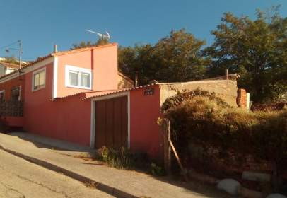 Casa unifamiliar en Cuesta Cavila, nº 1