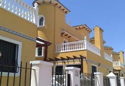 Chalet pareado en calle Jorge Martínez Aspar, nº 16