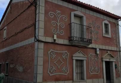Casa unifamiliar en calle La Iglesia, nº 24