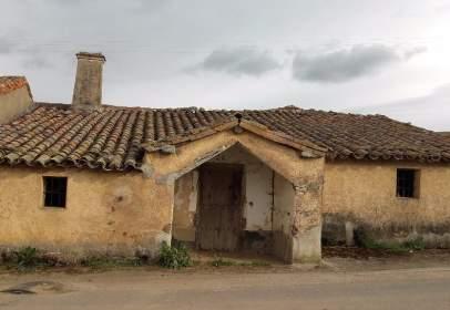 Casa rústica en Carretera Alba, nº 22