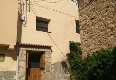 Rustic house in calle Barrioalto, nº 53