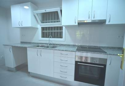 Flat in calle Anselm Clave, nº 46
