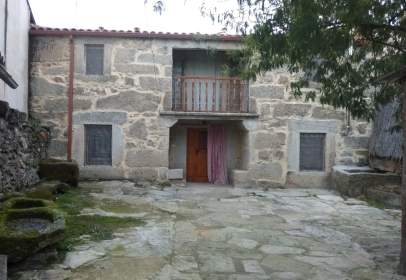 Casa aparellada a calle Teso, 16