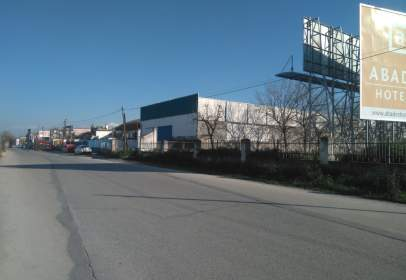 Industrial building in Avenida Prolongación Av.De América, nº 241