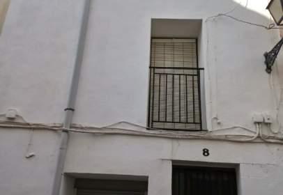 Casa aparellada a calle Nou, nº 8