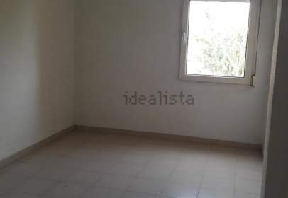 Flat in calle Vicente Soler, nº 2
