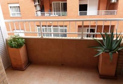 Apartamento en calle Luis Buñuel, nº 27