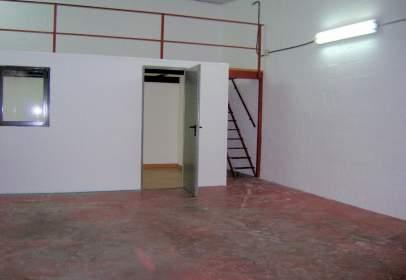Nau industrial a calle Jaén, nº 3