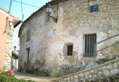 Casa en calle L´Escribà Mateo Joan, nº 2-4