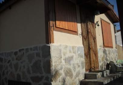 Chalet rústico en calle de la Plazuela, nº 8