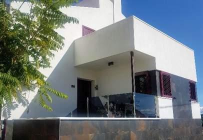 Casa unifamiliar en calle Acacias, nº 2