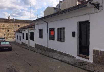 Casa adosada en calle Padre Domingo Báñez, nº 3