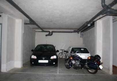 Garatge a calle de Hermanos Pérez Casariego, nº 1