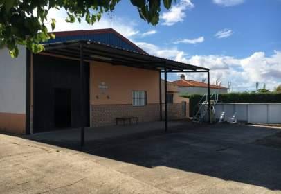 Nave industrial en Villanueva de La Serena