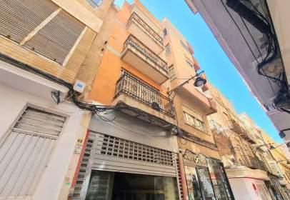 Edifici a calle de San Fernando, prop de Calle San Vicente