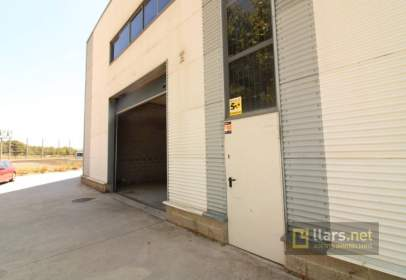 Industrial building in Rambla dels Països Catalans