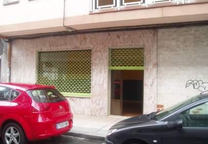 Local comercial en calle Fariña Ferreño