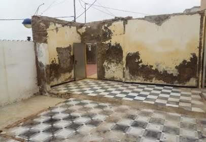 Casa en calle Luis Felipe