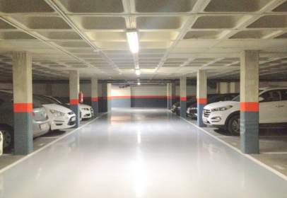 Garage in Cellophane/ Castellana/ Huelgas