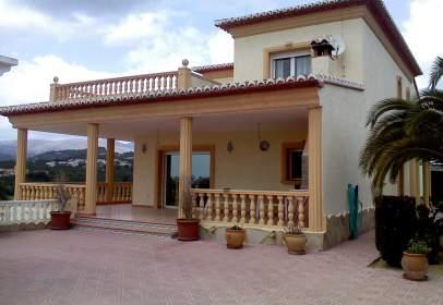Casa unifamiliar a Las Adelfas-Benicolada-Garduix