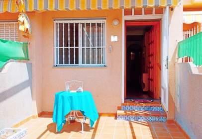 Casa pareada en calle del Río Nalón, 36