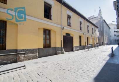 Building in calle Nueva del Santísimo