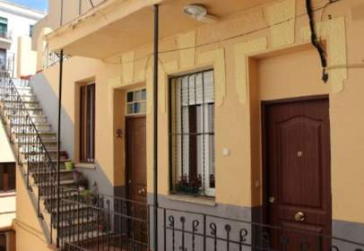 Piso en calle de Hernani, cerca de Calle de los Artistas