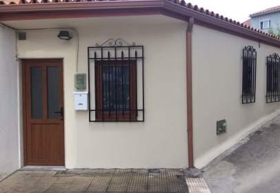 Casa en Avenida de Ramón Nieto, cerca de Barrio de Santa Clara
