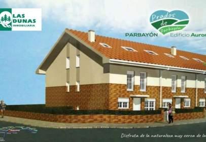 Casa adosada en calle Parbayón