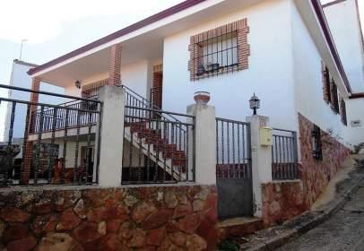 Casa en calle de la Fuente, cerca de Calle Rellano