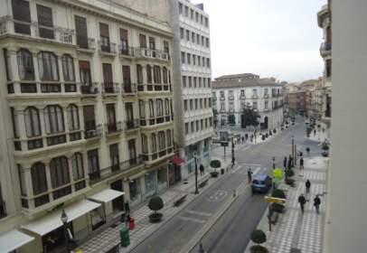 Piso en calle Reyes Católicos, cerca de Calle de Joaquín Costa