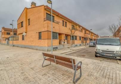 Casa en calle Sierra de Alcubierre,  34