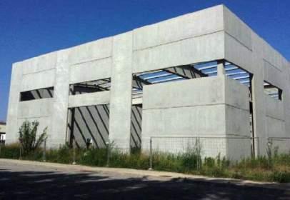 Nau industrial a  Cami de La Mota,  23