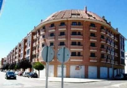 Garaje en calle Miguel Delibes,  58-72